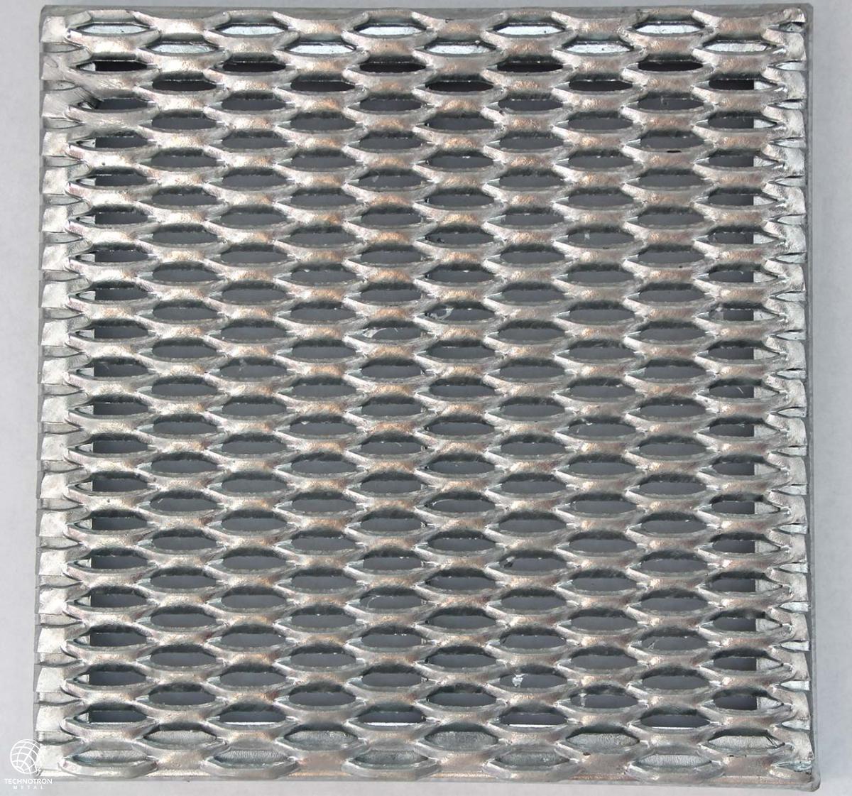 Rošt - tahokovový - ocel, žárový zinek / 47x13x5x3 mm / 1000 x 1000x40  mm