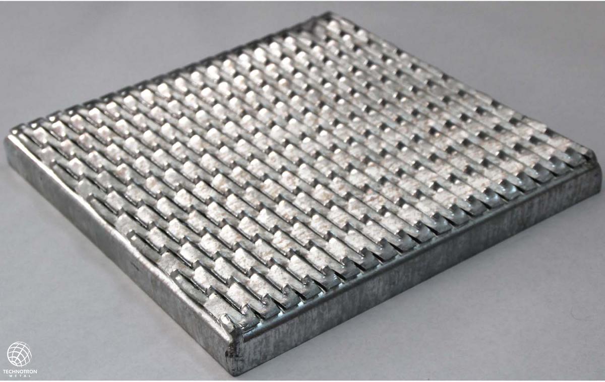 Rošt - tahokovový - ocel, surový / 47x13x5x3 mm / výprodej formátů