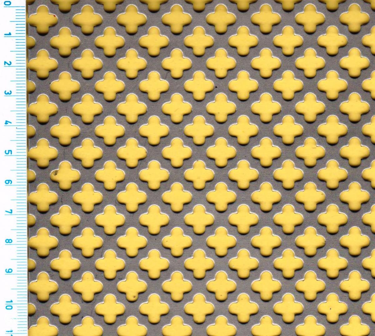 SO - ozdobné křížek,křížek přesazeně  10x10;  tloušťka 1 mm, Děrovaný ocelový plech DC01-DC05