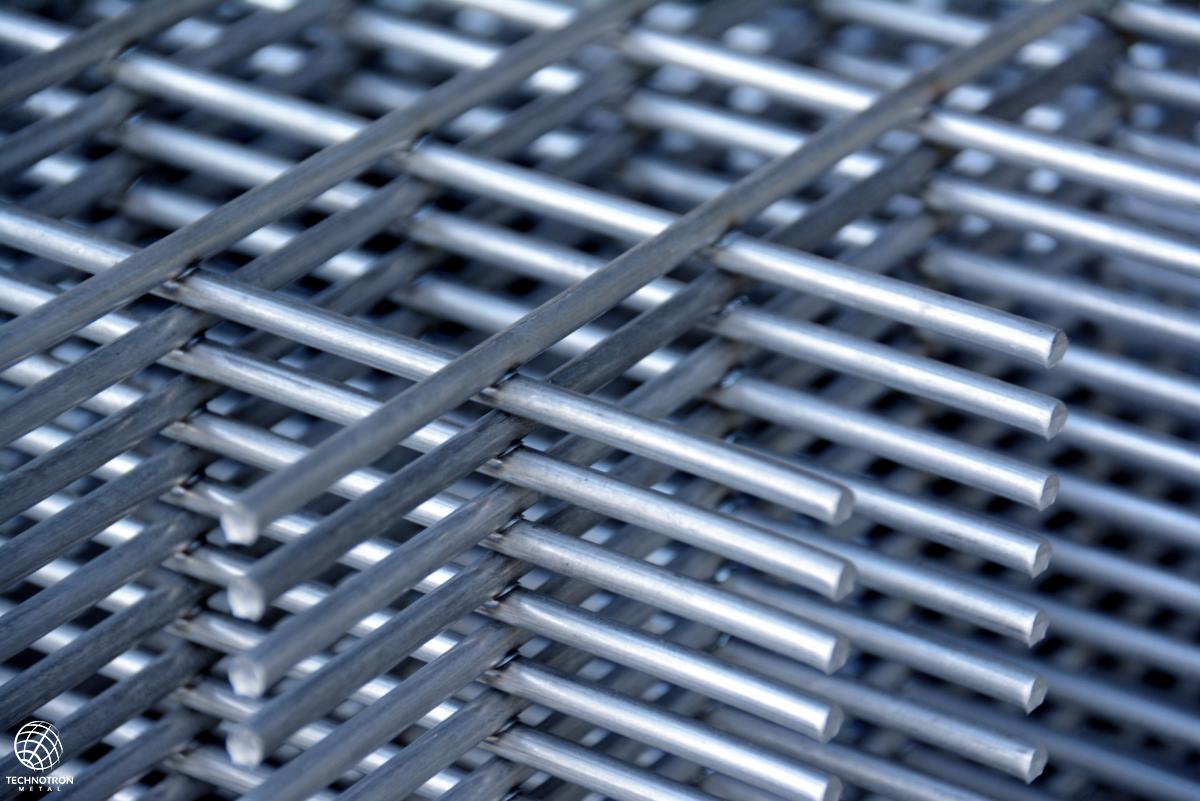 Svařovaná síť, oko 50x50mm, drát 4 mm, nerez 1.4301