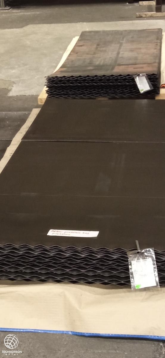 Ocelový plech síla 1,5 mm, DC01 II. jakost nastříháno ze svitku